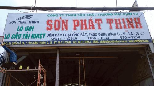 Bảng tôn dán decal cửa hàng Sơn Phát Thịnh