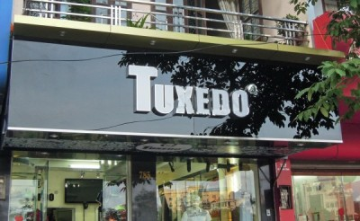 bảng hiệu alu gương chữ nôi inox
