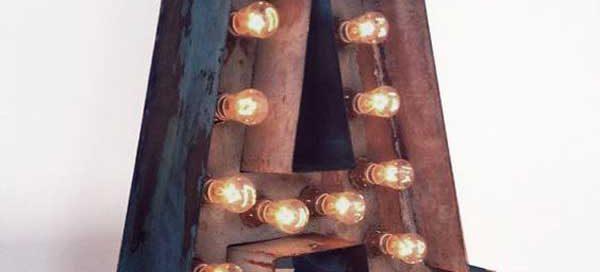 mẫu chữ nổi đèn led đẹp