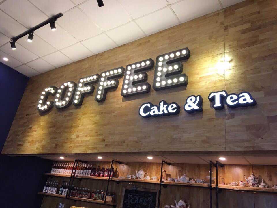 mẫu chữ nổi có đèn cho quán cà phê