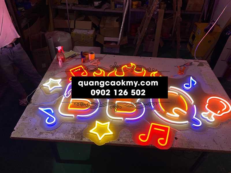 Mẫu chữ đèn led neon đẹp